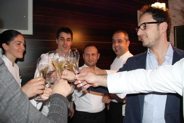 il primo brindisi con Nino di Costanzo
